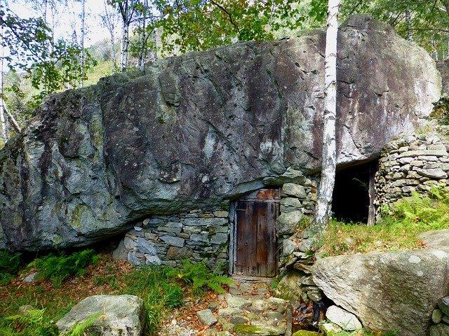 skalní sklep